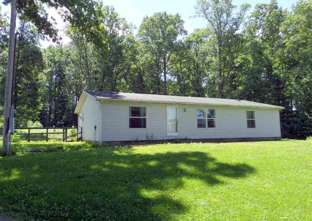 734 Old Highway 60 W, Mitchell, IN 47446