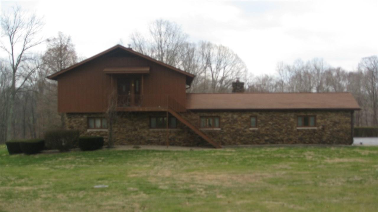 2702 Ridge Rd, Williams, IN 47470