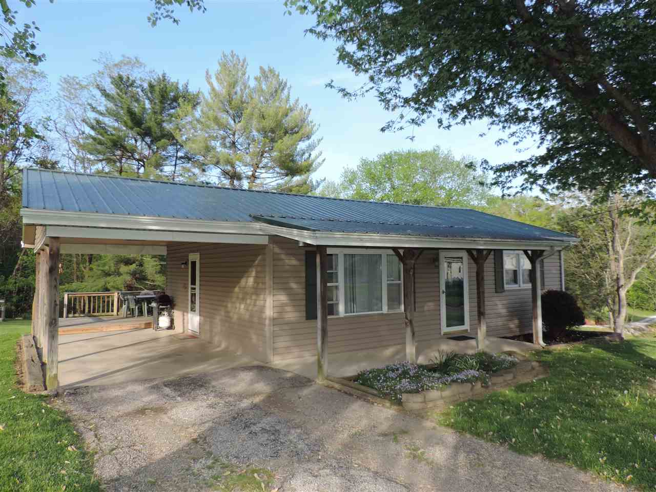 Photo of 6621 State Road 58 E  Heltonville  IN