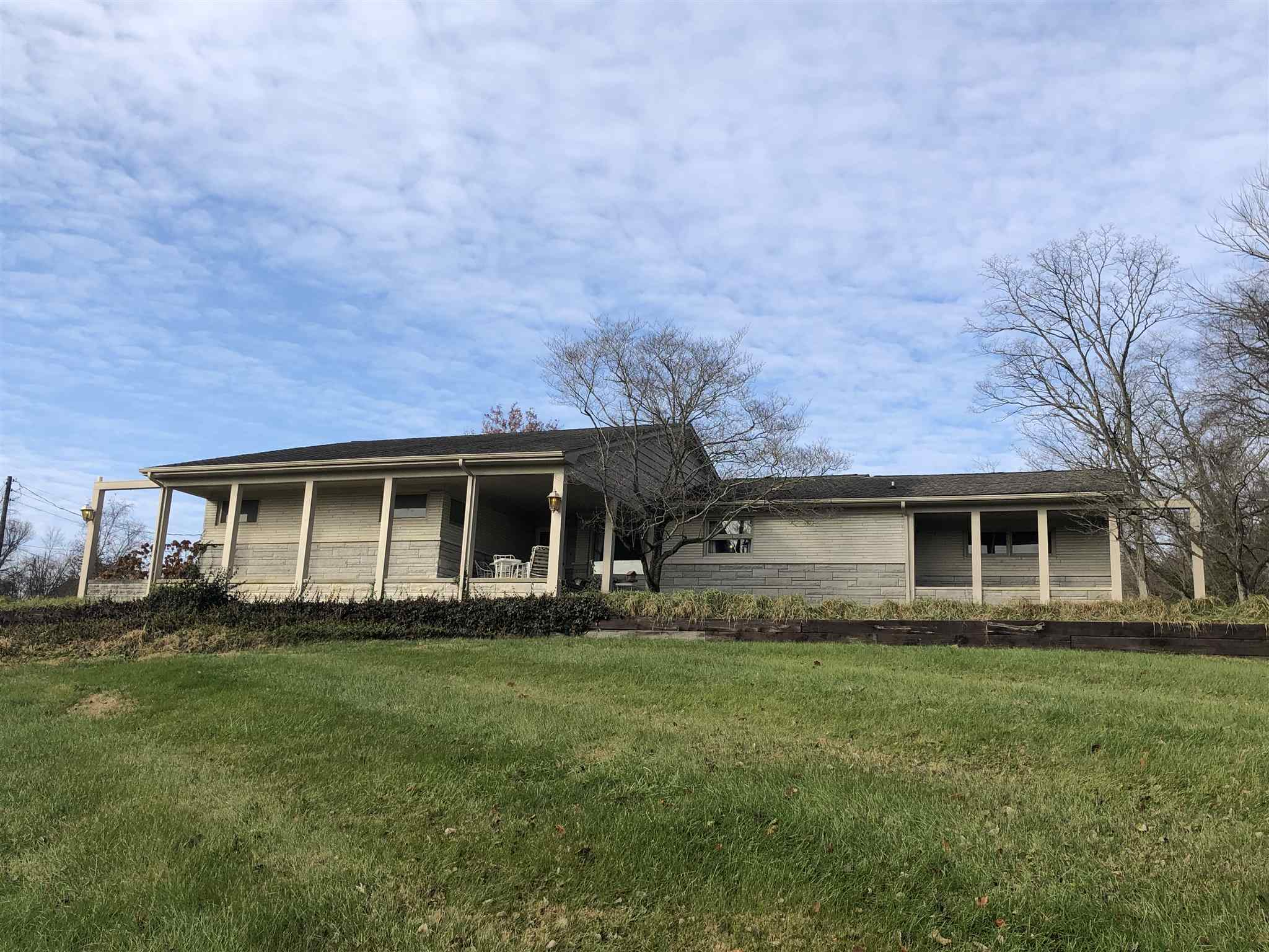 3417 Mitchell Rd Bedford, IN 47421