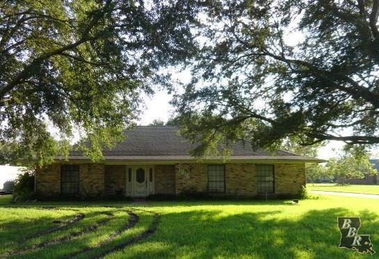 3816 Country Dr, Bourg, LA 70343