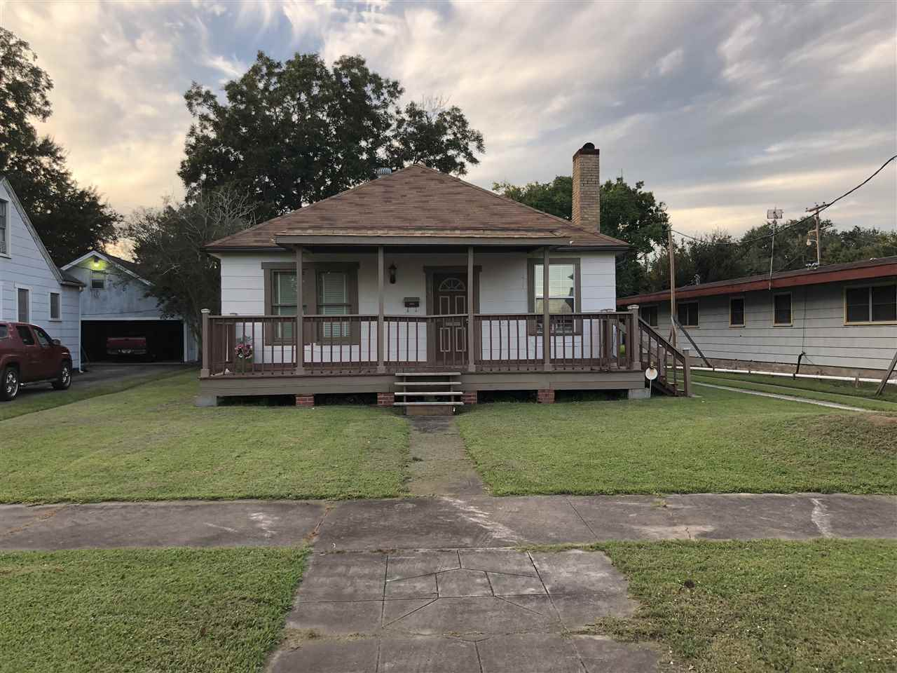 3939 LakeShore Port Arthur, TX 77642