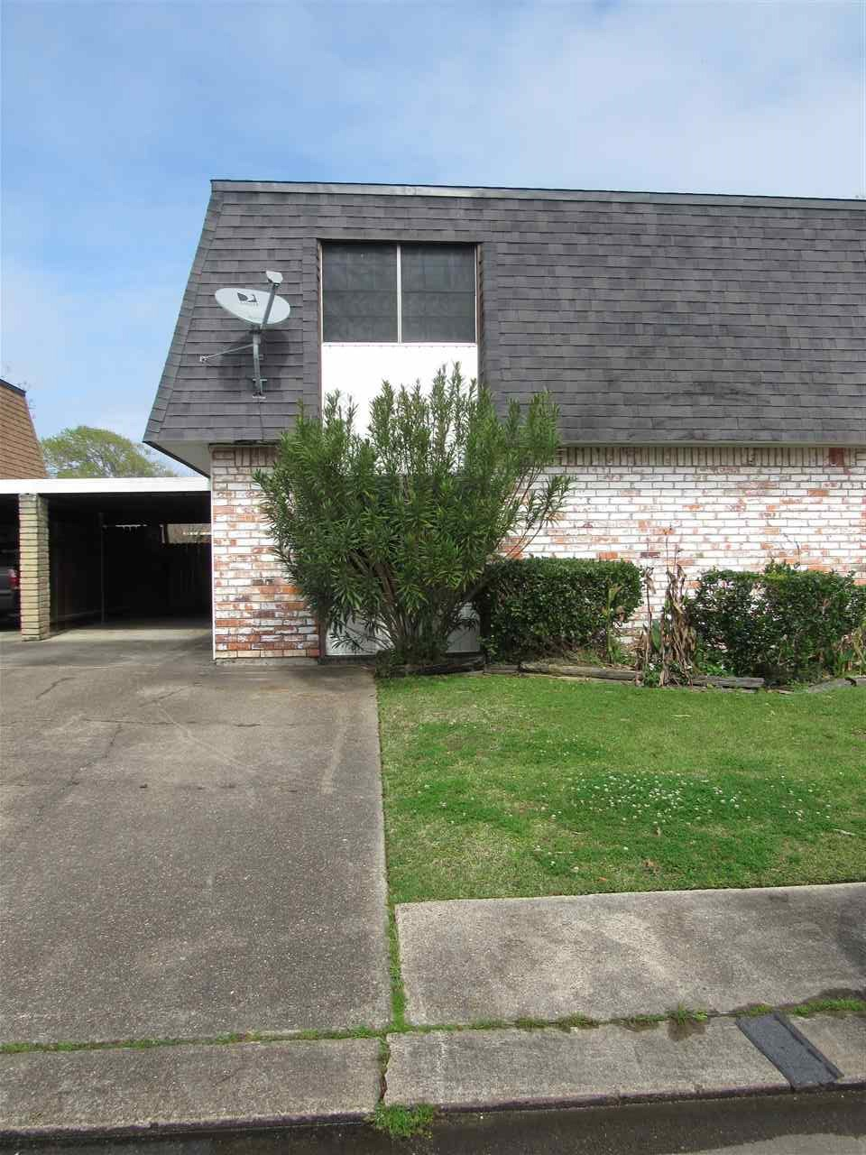 17 Audubon Port Neches, TX 77651