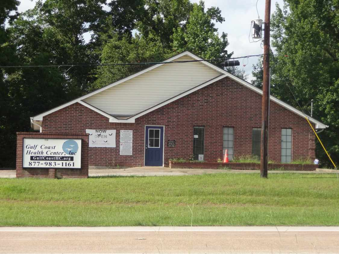 primary photo for 710 E State Hwy 327, Silsbee, TX 77656, US