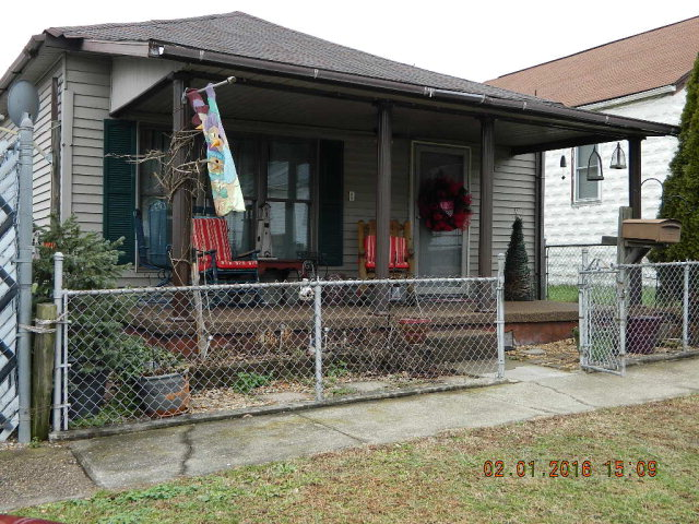 1503 W 4th Ave, Williamson, WV 25661