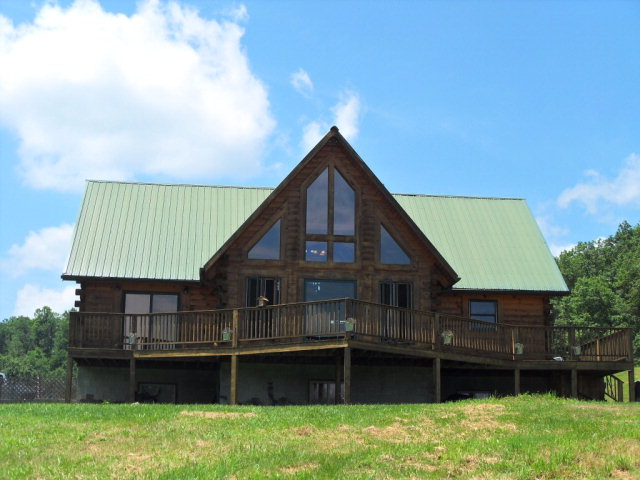 808 Lower Sandlick Rd, Beckley, WV 25801