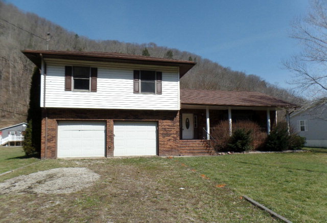 Photo of 8910 CLEARFORK ROAD  DOROTHY  WV