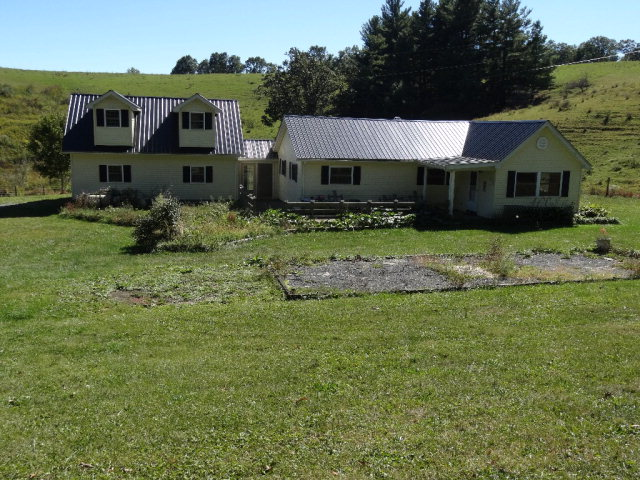 Photo of 2088 HOLLIDAY RUN ROAD  SMOOT  WV