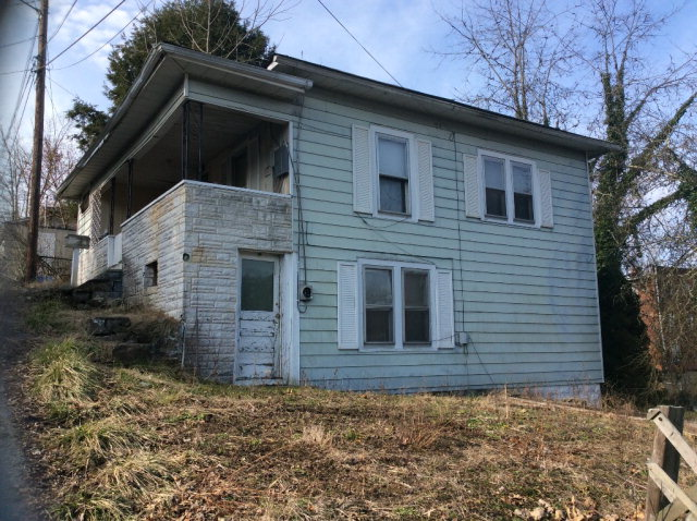 Photo of 321 MOUND STREET  MT HOPE  WV
