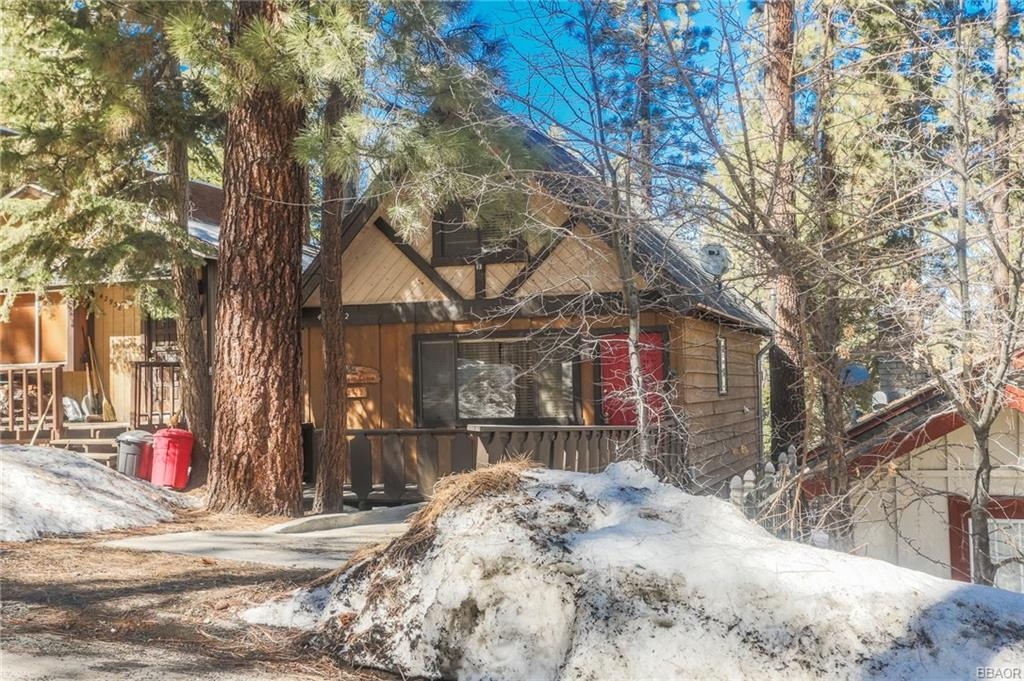 Photo of 42942 Fairy Avenue  Big Bear Lake  CA