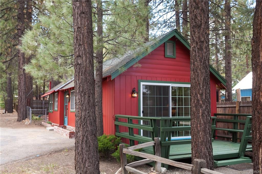 Photo of 744 Fir Street  Big Bear Lake  CA