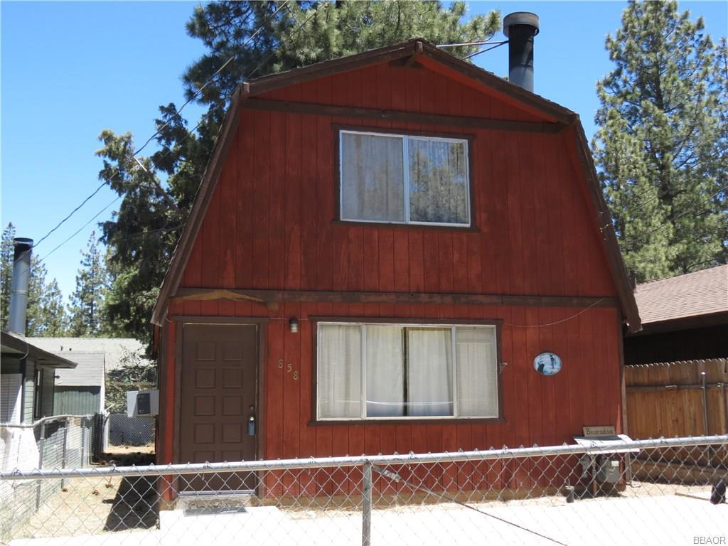 Photo of 858 Norwood Lane  Big Bear City  CA