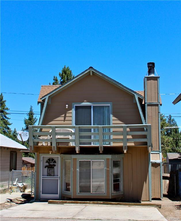 Photo of 2113 State Lane  Big Bear City  CA