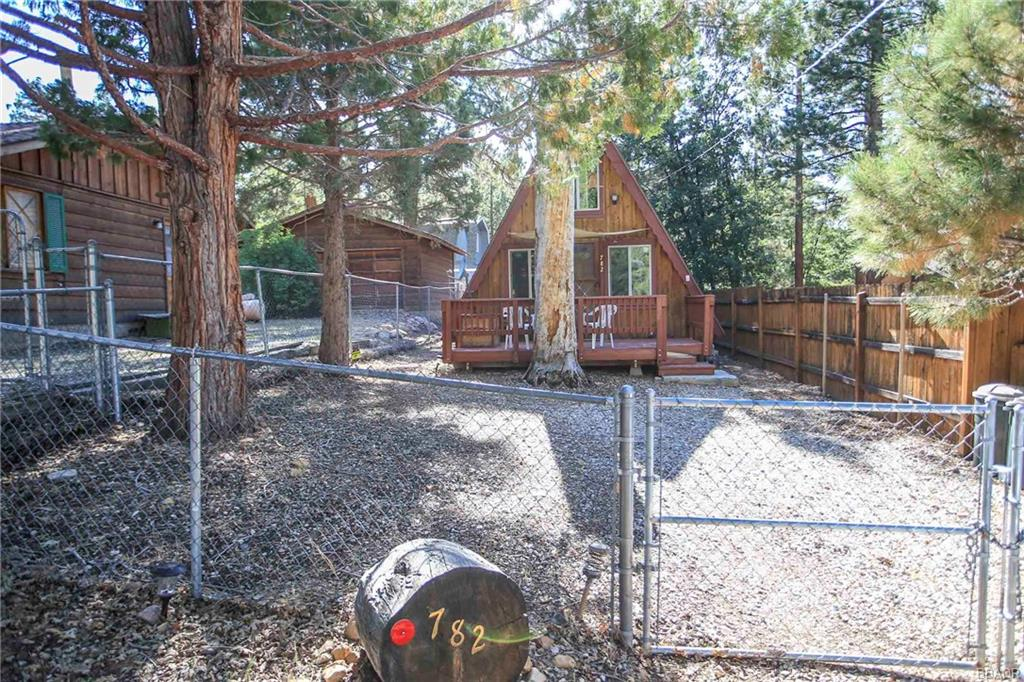 Photo of 782 Leonard Lane  Sugarloaf  CA