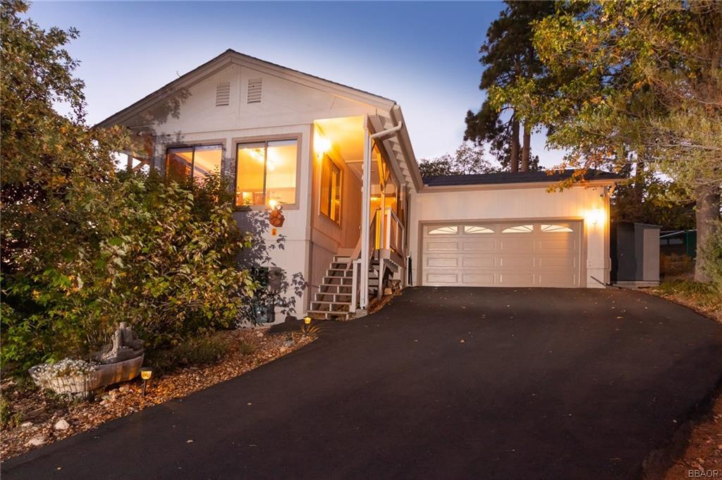 39590 Oakglen Road Fawnskin, CA 92333