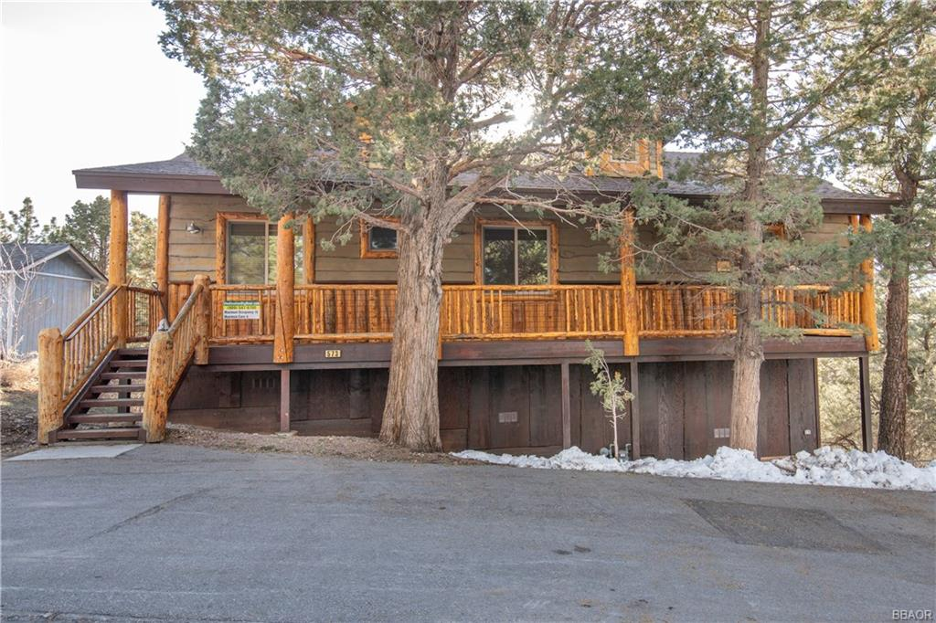 573 Villa Grove Avenue, Big Bear, California