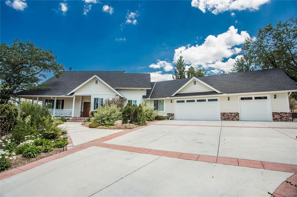 One of Big Bear 3 Bedroom Homes for Sale at 42396 Golden Oak Road
