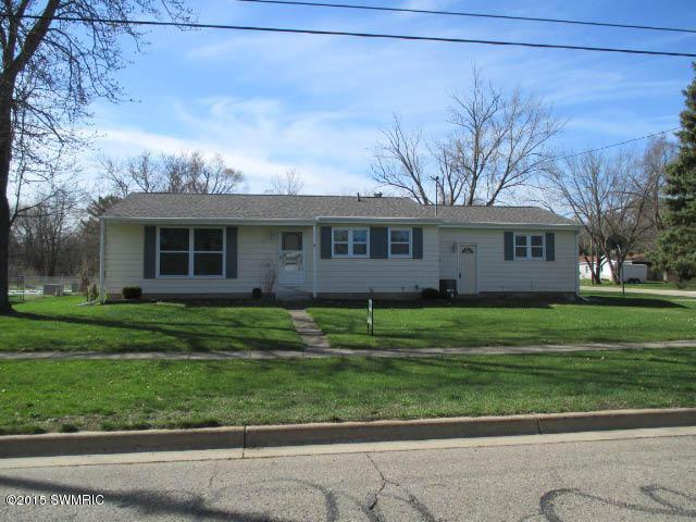 Real Estate for Sale, ListingId: 32648392, Springfield,MI49037