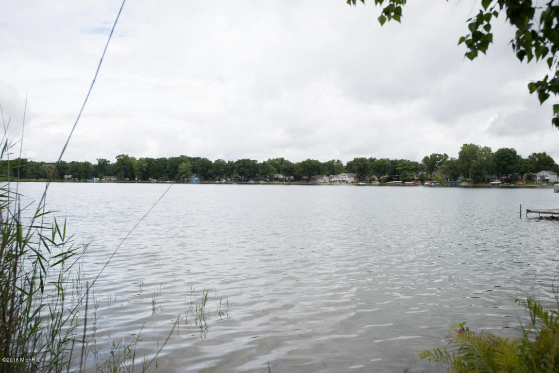 Photo of 1381 Lakeside Drive S  Ceresco  MI
