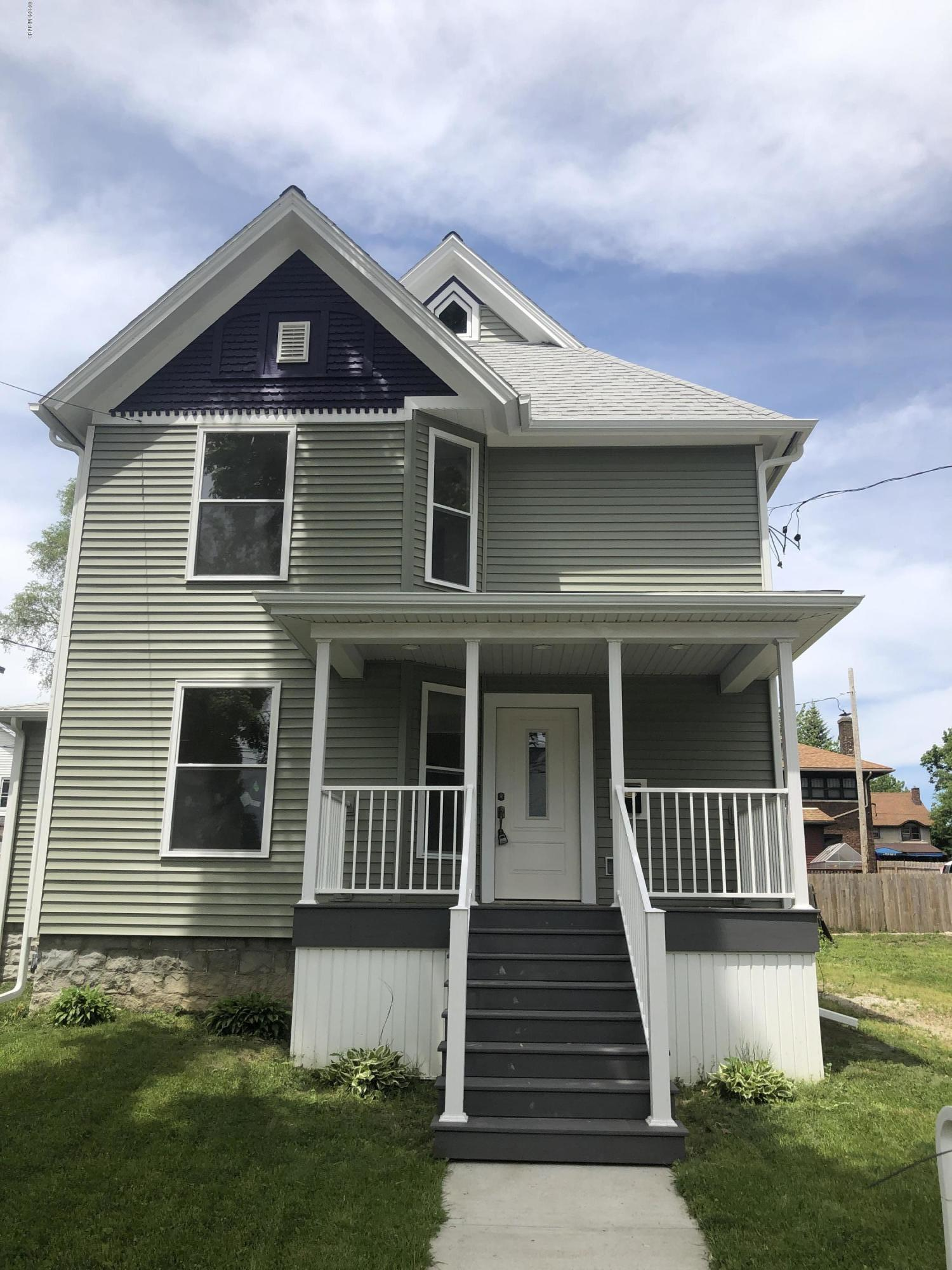 primary photo for 305 Perry Street, Albion, MI 49224, US
