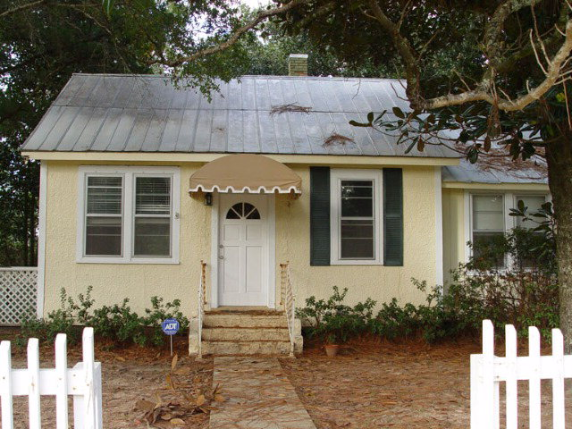 Rental Homes for Rent, ListingId:35119489, location: 201 Gaston Avenue Fairhope 36532