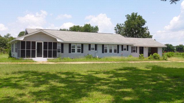 4614 Dobson Rd, Jay, FL 32565