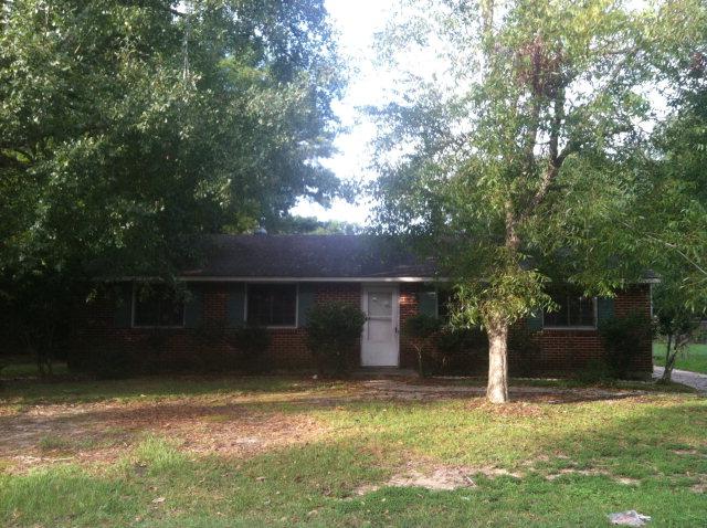 19 Elizabeth Ave, Chickasaw, AL 36611