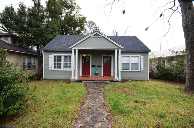 1852 Old Shell Rd, Mobile, AL 36607