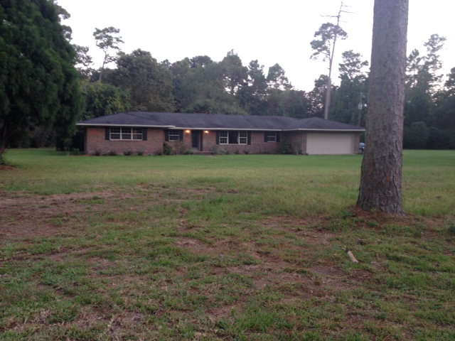 11501 Old Pascagoula Rd, Grand Bay, AL 36541