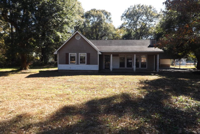 10961 Old Pascagoula Rd, Grand Bay, AL 36541