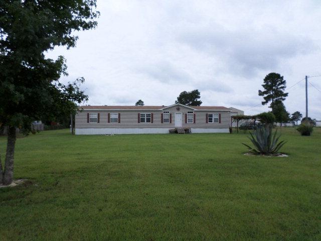 9553 Oak Farms Dr, Irvington, AL 36544