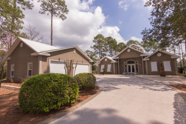 8919 Bay Point Dr, Elberta, AL 36530