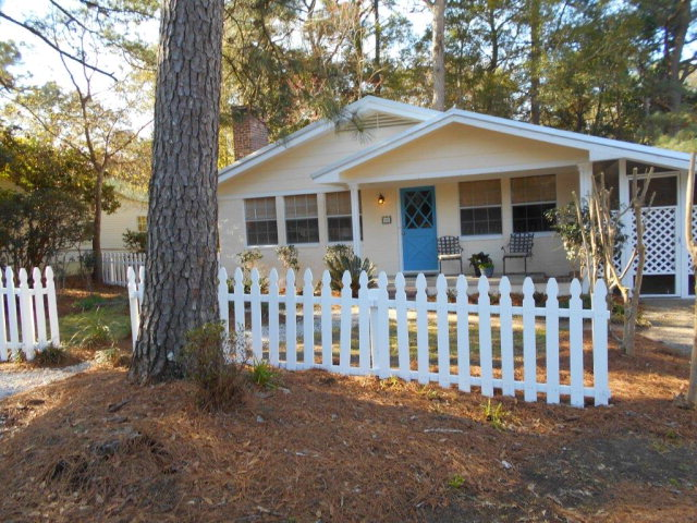 Rental Homes for Rent, ListingId:33583206, location: 204 Fig Avenue Fairhope 36532