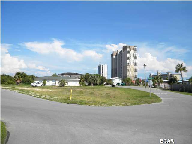 601 Granada Cir, Panama City Beach, FL 32413