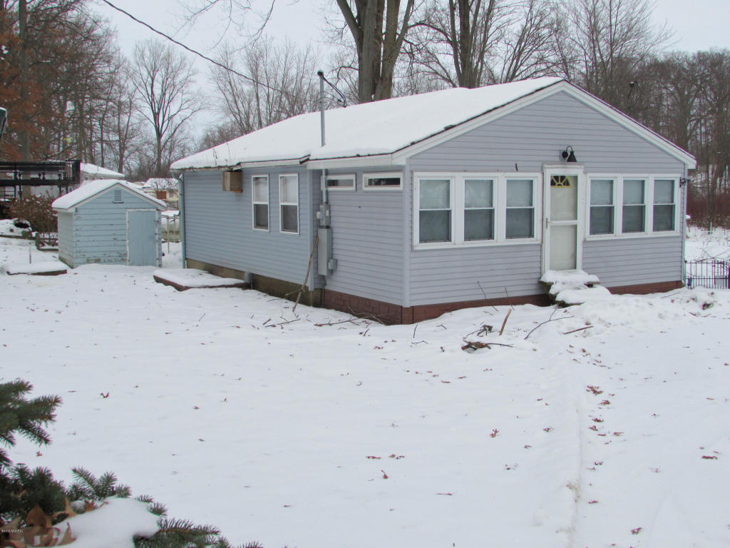 Photo of 152 Robin Drive  Coldwater  MI