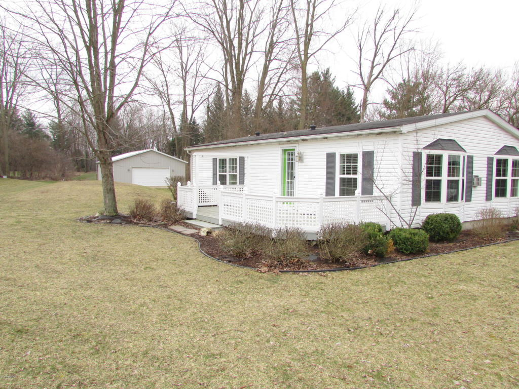 Photo of 489 Pinecrest Drive  Coldwater  MI