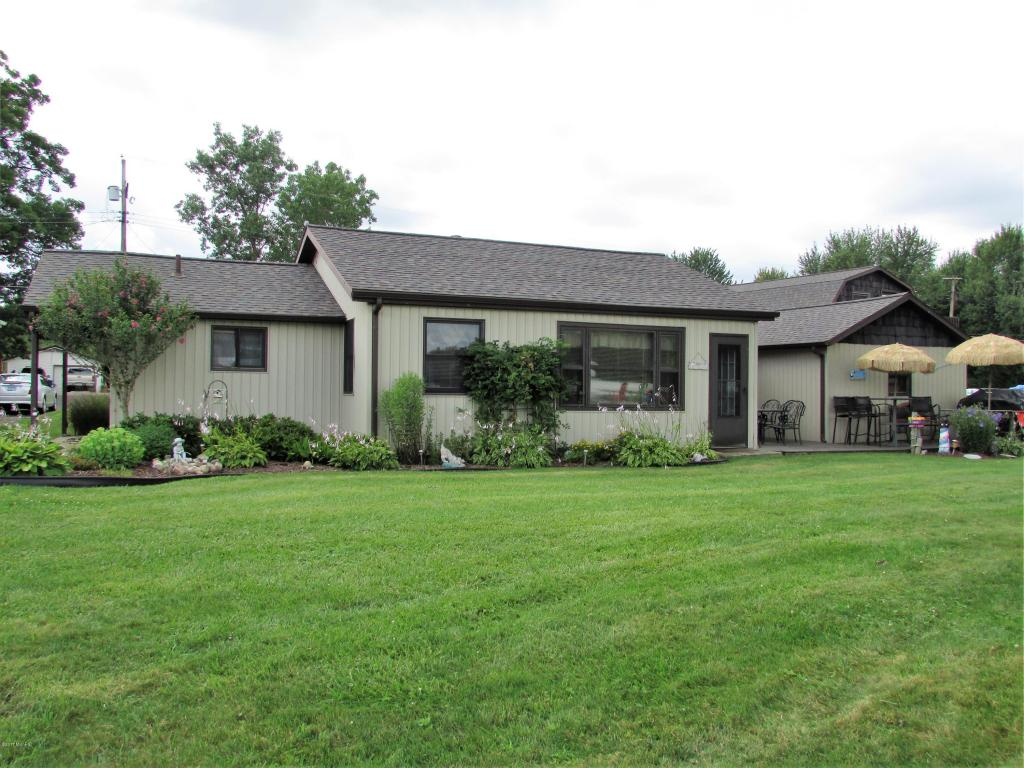 Photo of 279 Lakeside Drive  Quincy  MI
