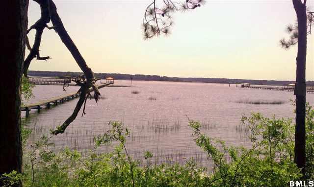 68 W River Drive Lady's Island, SC 29907