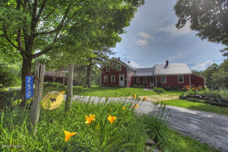 48.44 acres Sandisfield, MA