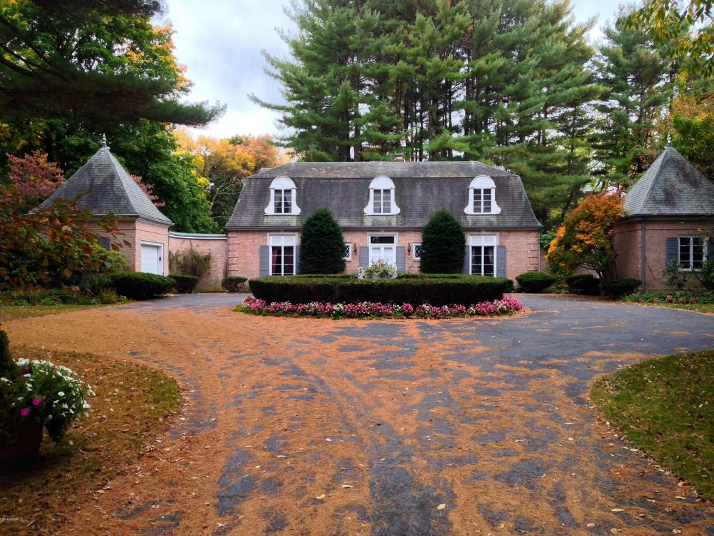 3.73 acres Great Barrington, MA