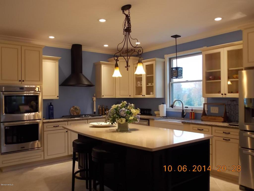 Real Estate for Sale, ListingId: 32601511, Pittsfield,MA01201