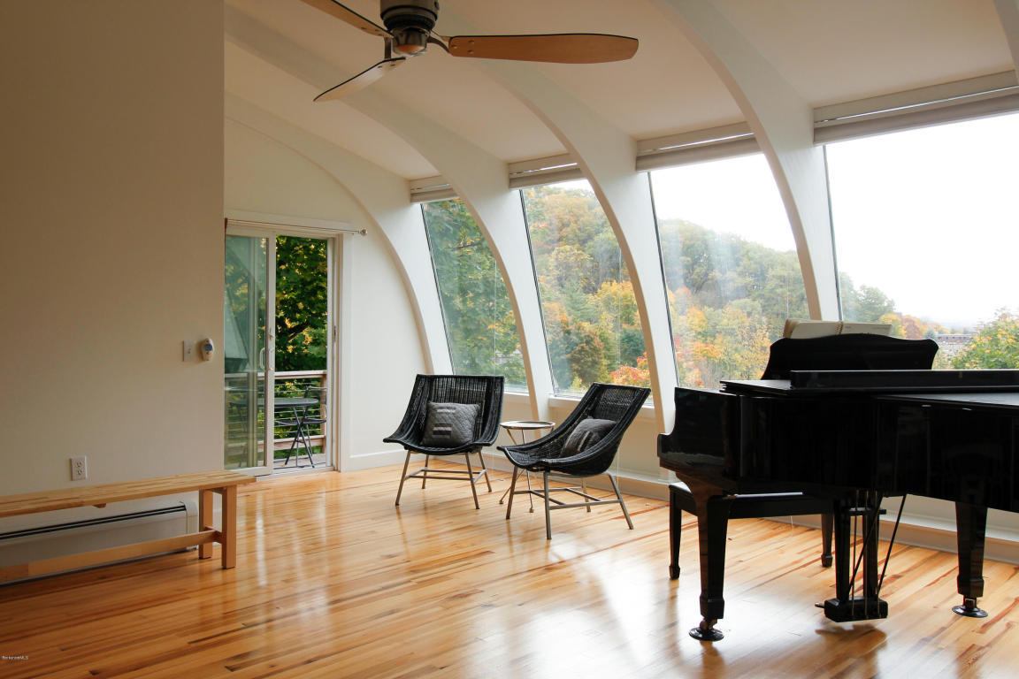 Real Estate for Sale, ListingId: 31924624, North Adams,MA01247