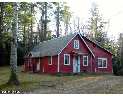 33 Old Cyrus Stage Rd, Rowe, MA 01367
