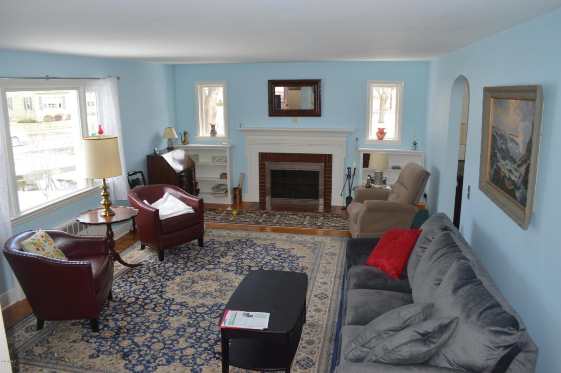 Real Estate for Sale, ListingId: 32601377, Pittsfield,MA01201