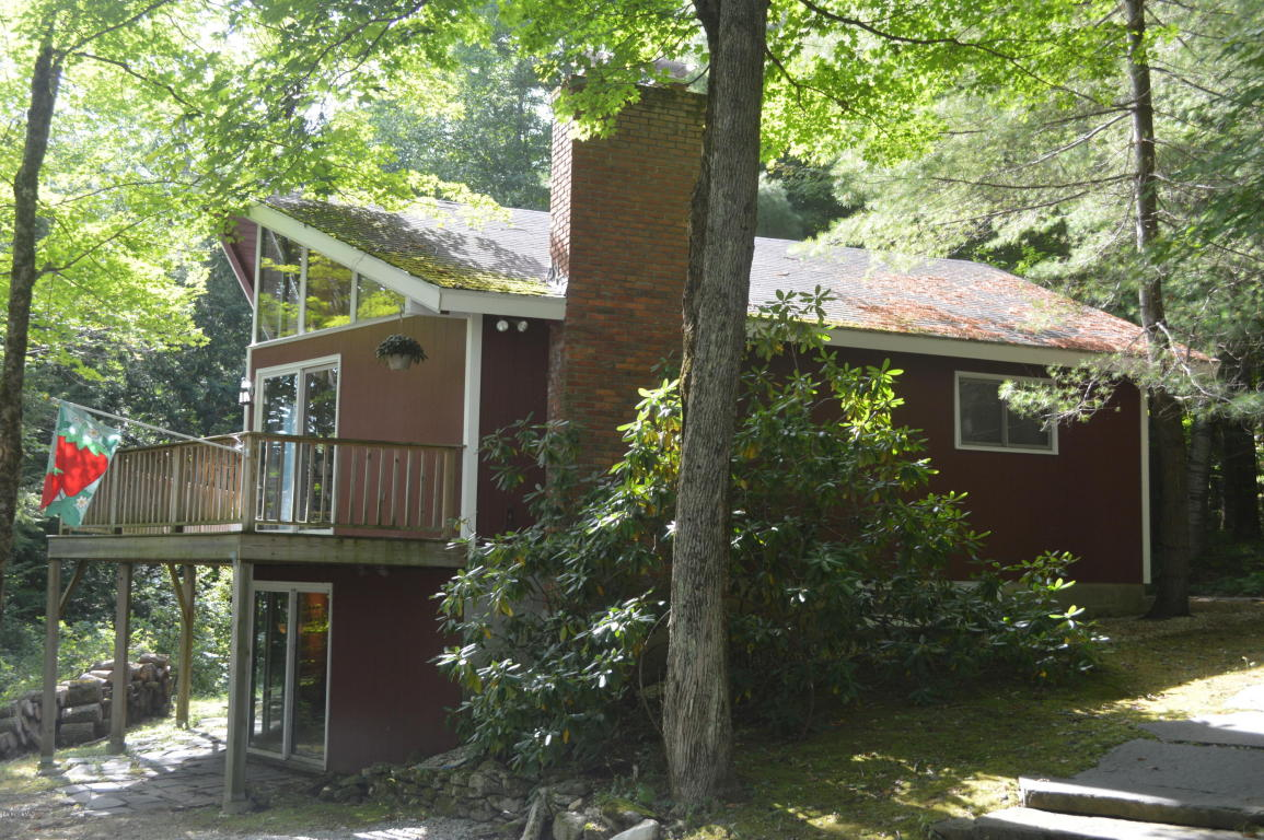 Photo of 9 McDarby Rd  Tyringham  MA