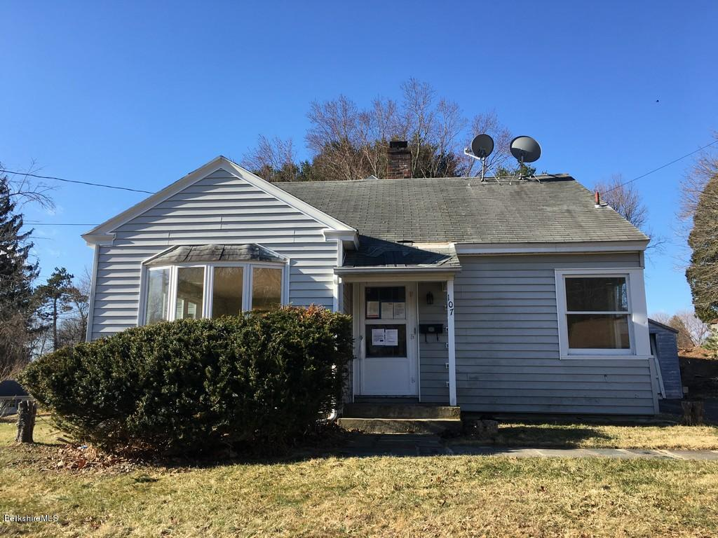 Photo of 107 Allengate Ave  Pittsfield  MA