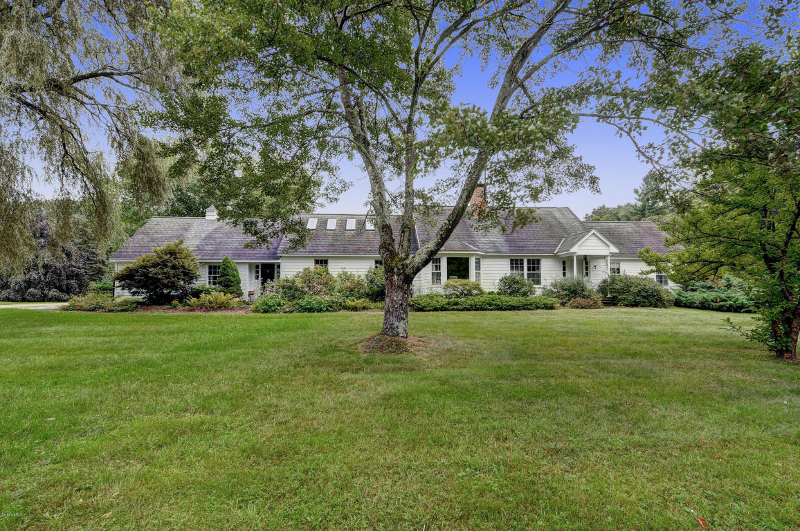 262 West Rd Alford, MA 01266