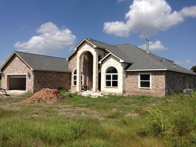 1338 Lakeland Cir, Rosharon, TX 77583