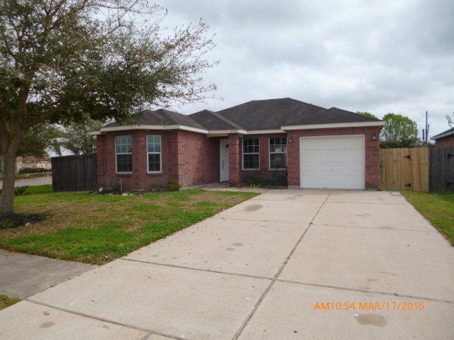 5501 Rio Sabinas St, Rosharon, TX 77583