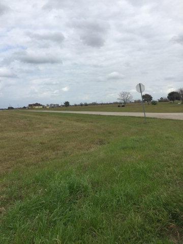 426 Chuckwagon Trail ANGLETON, TX 77515